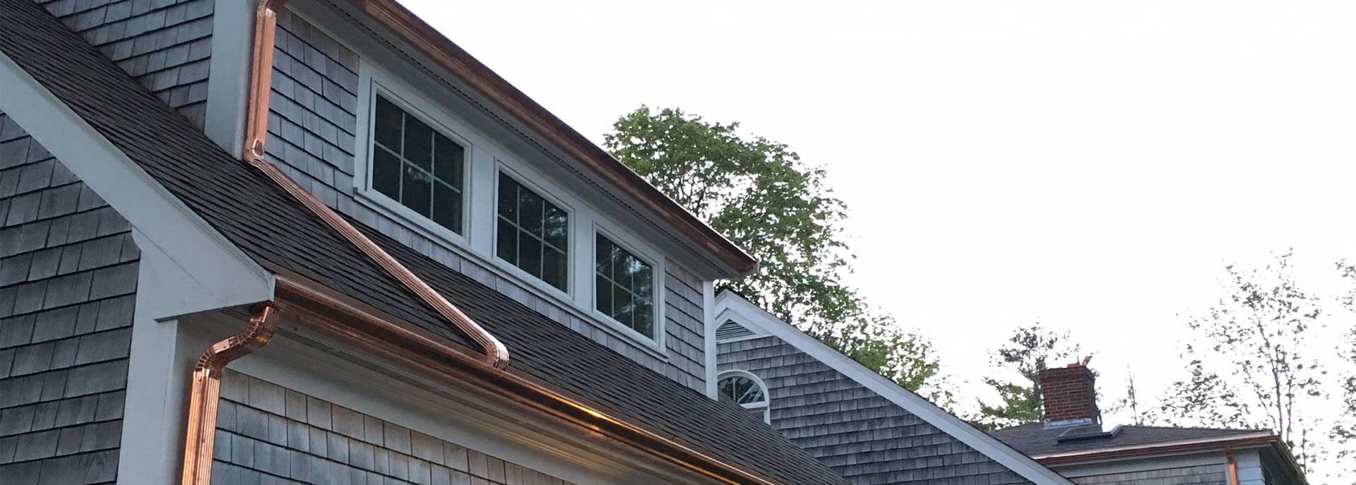 Residential And Commercial Roofing And Gutters Contractor